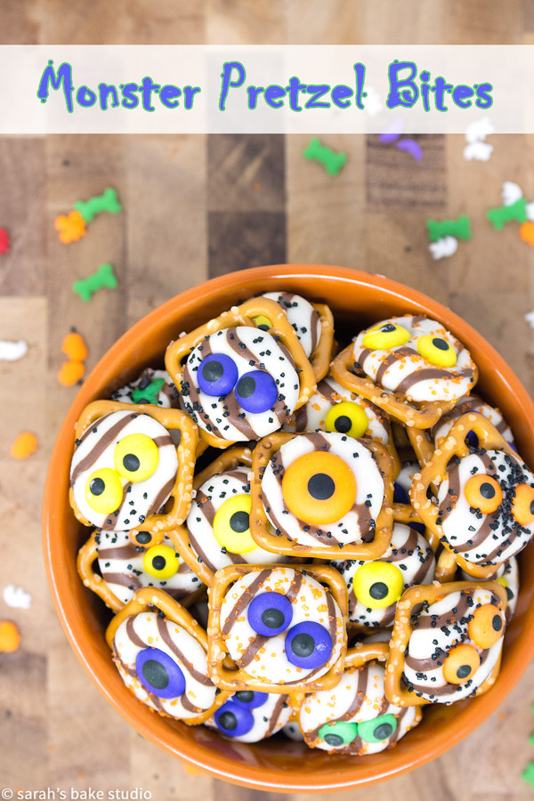 Monster Pretzel Bites – an easy, 4-ingredient Halloween treat, flooded with sweet and salty, crunchy and chocolatey spooky goodness; a watchful dessert that will put a spell on you!