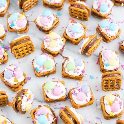 Spring Rolo Pretzel Bites from Sarah's Bake Studio