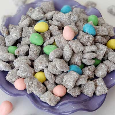 Reese's Easter Egg Puppy Chow from Life, Love and Sugar