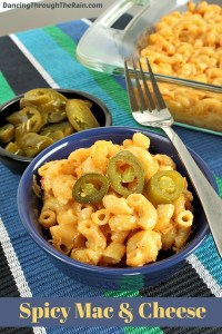 Mac and cheese topped with jalapeno peppers