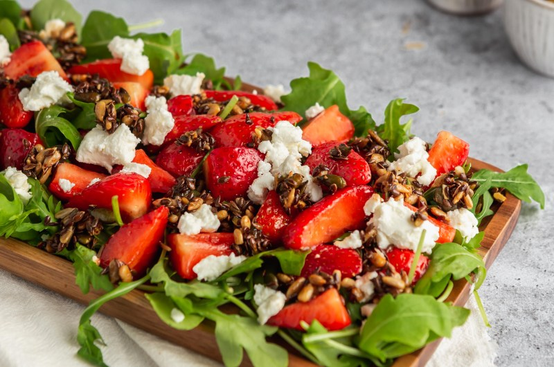 Strawberry & goats cheese and  salad with crunchy mixed seeds
