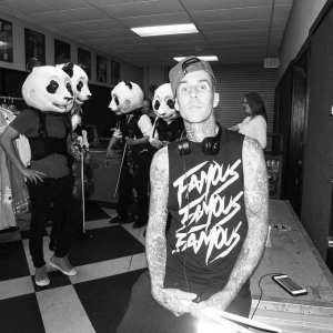 At rehearsal, haunting drummer Travis Barker in the shot. http://t.co/4fQ0gdslM9