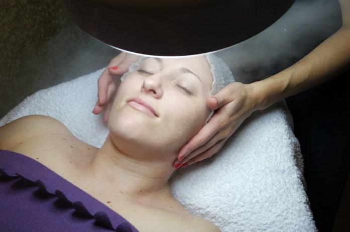 limpieza-facial-vapor-extracción