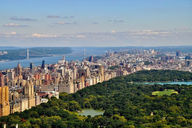 New York City's Central Park, as seen from an aerial view.   From pixabay, content creator dariasophia.