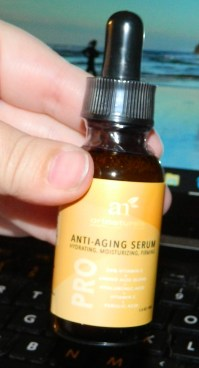 ArtNaturals Enhanced Vitamin C Serum with Hyaluronic Acid 1oz