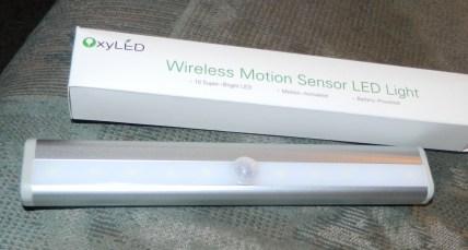 OxyLED T-02 DIY Stick-on Anywhere Portable 10-LED Wireless Motion Sensing Closet Cabinet LED Night Light