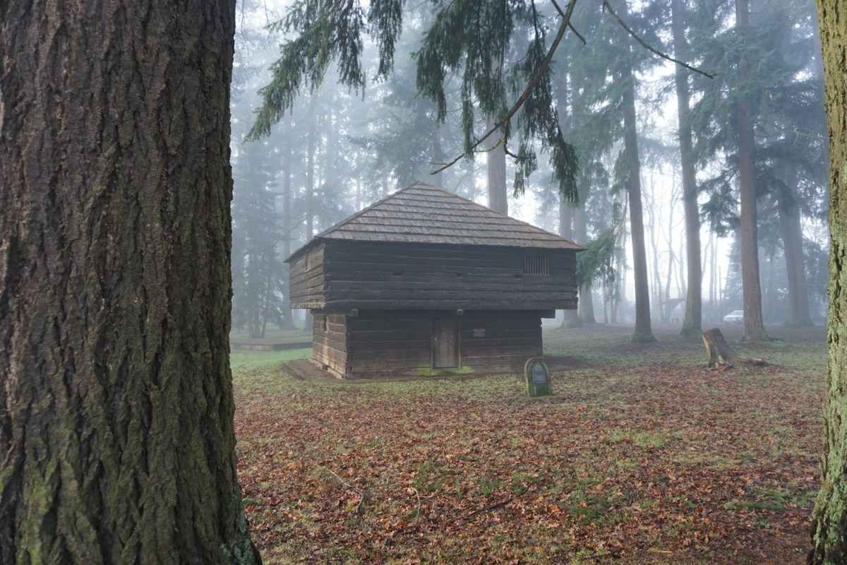 Borst Blockhouse, Borst Park, Centralia, Washington