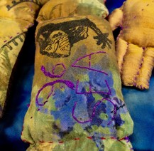 leg with Chancay doll prints