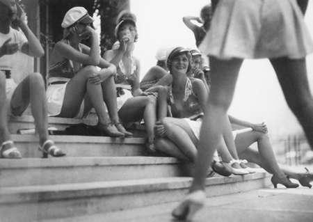 5_jacques_henri_lartigue_The Ziegfeld Follies, Monte Carlo Beach, July 1933