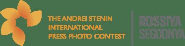 Andrei Stenin flower_eng