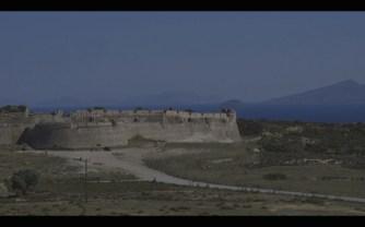 Frame-video-Andrea-Cossu-Kos-672x420