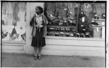 mgb14_p_walker_evans_04_young_women_outside_clothing_store-web