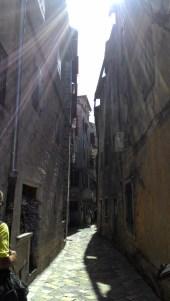 Kotor sokakları.