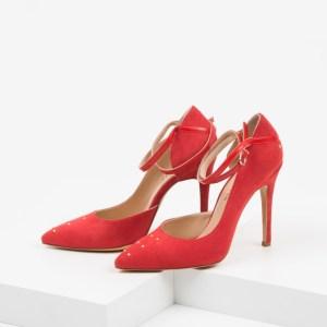 Елегантни дамски обувки в червен цвят-241050