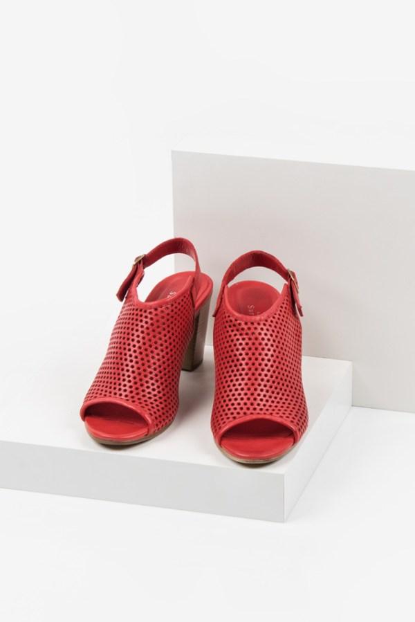Дамски сандали в червен цвят-038140