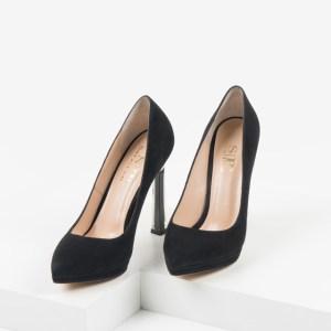 Велурени дамски обувки в черен цвят-230133