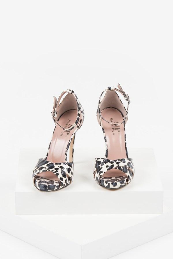 Кожени дамски сандали в черен и бял цвят-482767
