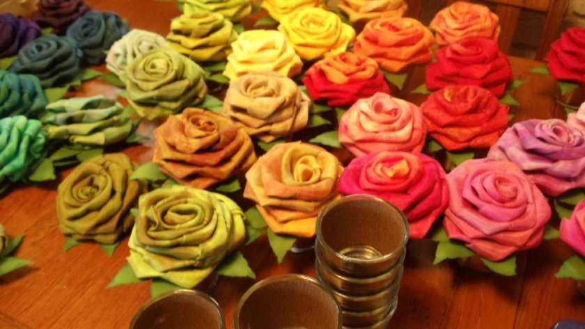 Sara Quail dyed silk roses