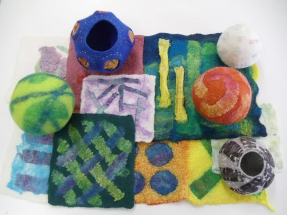 Felting with silk carrier rods