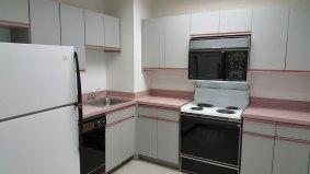 suite909-kitchen