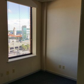 suite909-offices3