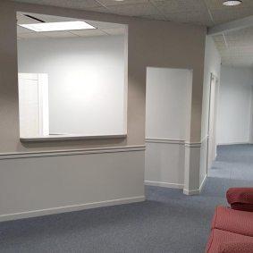 suite975-reception-area
