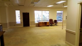 suite800-office-area