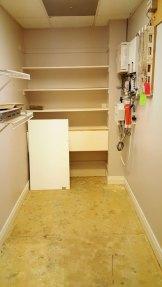 suite800-office-storage-server-closet