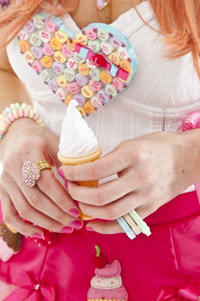 """Cupcake Candy Pop"" by Christina Michiels"