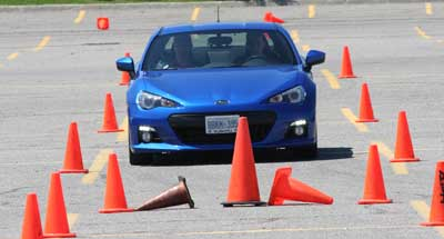 400-car-in-cones-