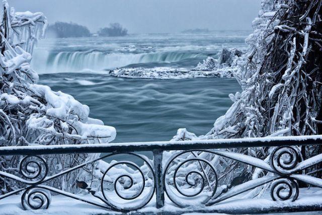 Niagara Falls becomes Narnia