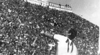 Diciassette vittorie, undici pareggi e solamente due sconfitte: con ben 45 punti e con due giornate in anticipo il Cagliari di Gigi Riva vince lo scudetto 1969/70...e un Isola è in festa! (foto http://corinneerbi.altervista.org/)