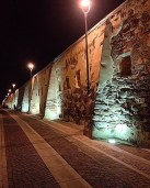 Le mura di cinta (foto carloforte_foto su Instagram)