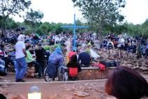 Medjugorje: in attesa dell'apparizione presso la Croce Blu - Foto di Sardegna Terra di Pace - Tutti i diritti riservati