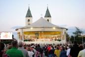 Medjugorje, Esaltazione della Croce 2014: Santa Messa presso l'Altare esterno (3) – Foto di Sardegna Terra di Pace – Tutti i diritti riservati
