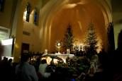 Medjugorje, Capodanno 2015: Adorazione Eucaristica (3) – Foto di Sardegna Terra di pace – Tutti i diritti riservati