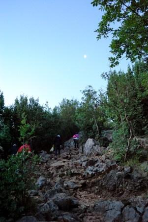 Medjugorje, Anniversario Apparizioni 2016: Via Crucis sul monte Krizevac (3) – Foto di Sardegna Terra di pace – Tutti i diritti riservati