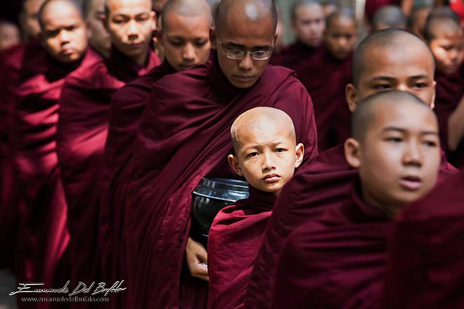 Monaci in Myanmar