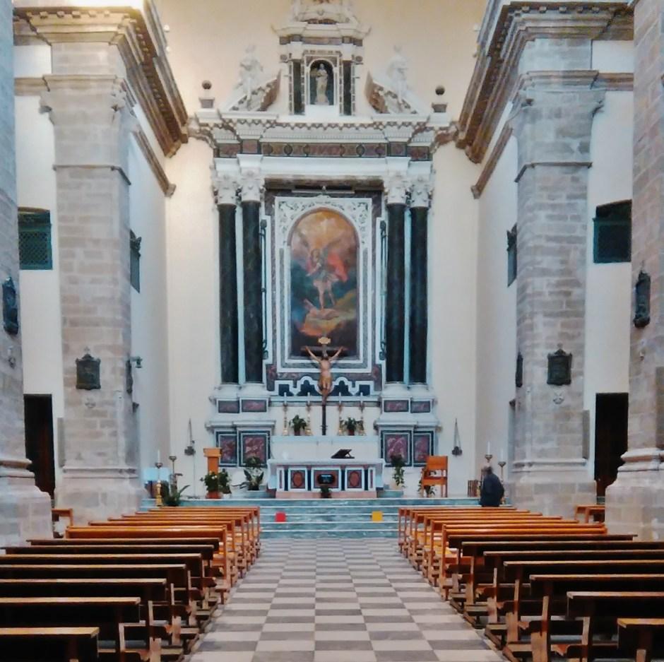 Alghero-interno chiesa
