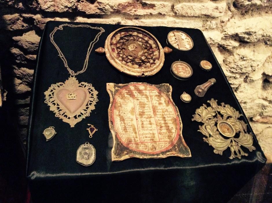 Antiche reliquie - cripte di Castelsardo