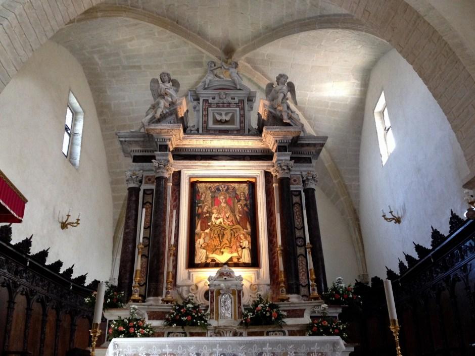 La pala del Maestro di Castelsardo e l'altare in marmo