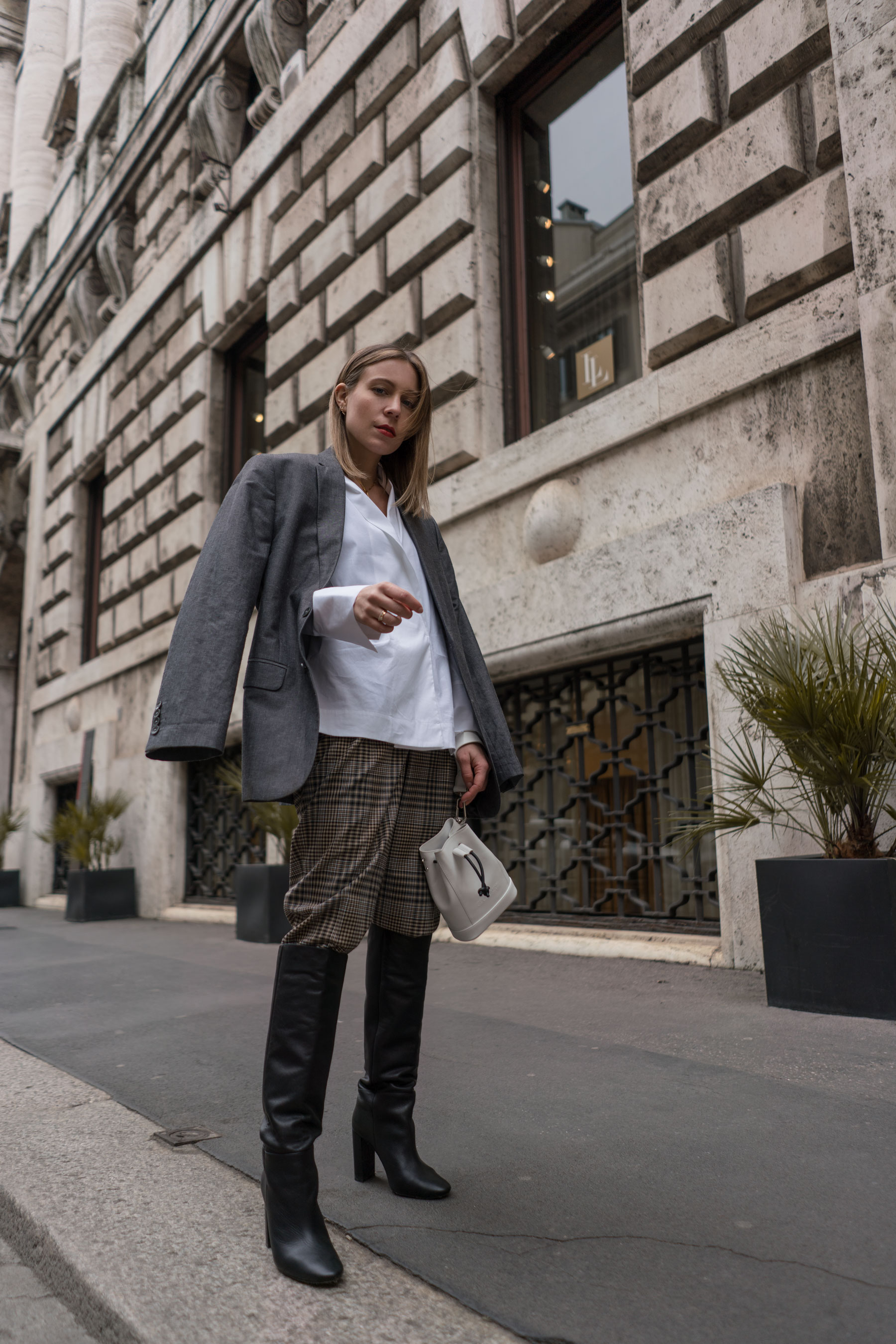 Outfit Allrounder White Blouse | Milan Fashion Week Edit
