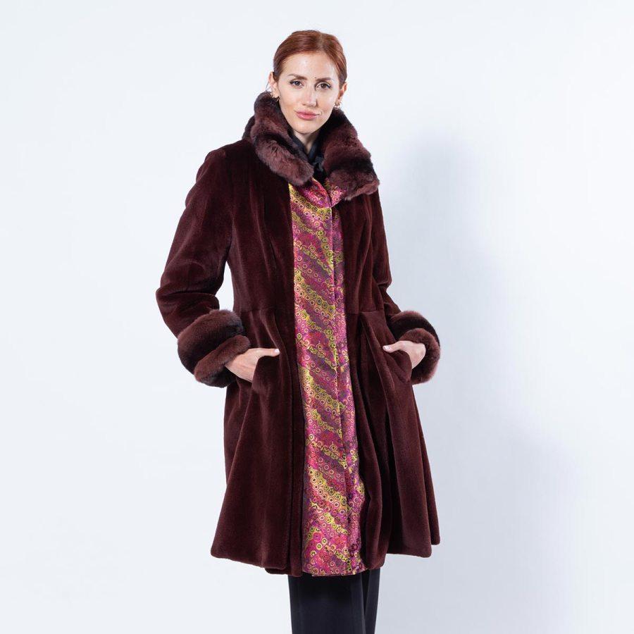 Bordeaux Sheared Mink and Fabric Coat | Шуба из стриженной норки бордового цвета и ткани - Sarigianni Furs