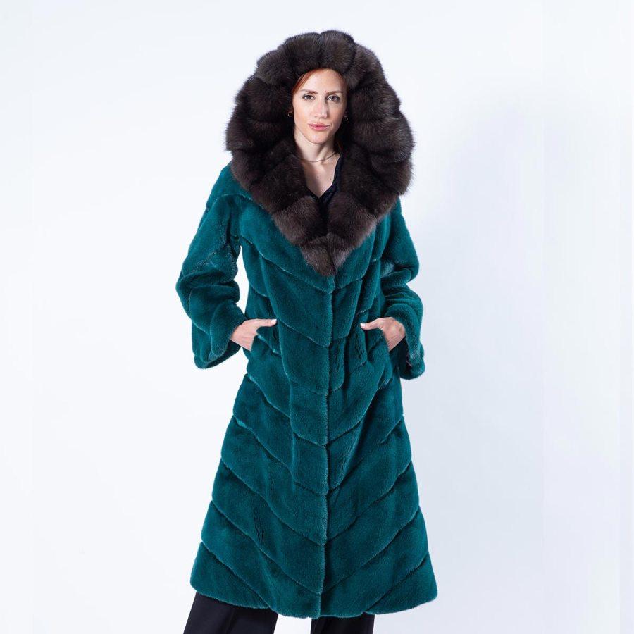 Ferre Shock Green Mink Coat with Hood | Шуба Ferre из норки цвета Shock Green с капюшоном - Sarigianni Furs