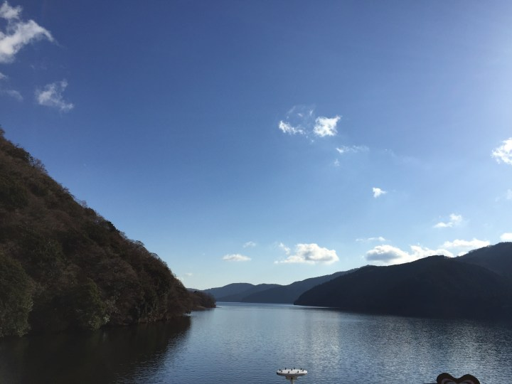 view from lake ashi (2)