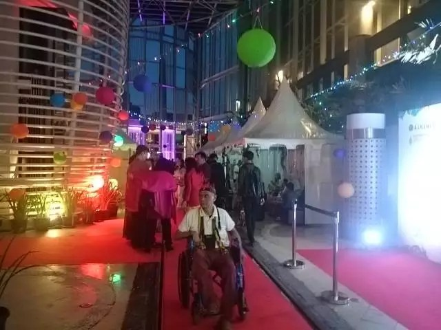 Tenda-tenda di Red Carpet Film I am Hope