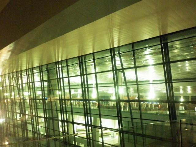 Terminal 3 Ultimate ; Sari Novita