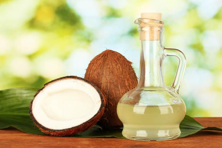 ココナッツオイルはアトピーや敏感肌に効果的!