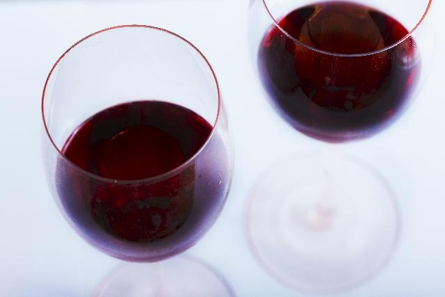 ワインダイエット効果のあるのは赤ワイン?白ワイン?