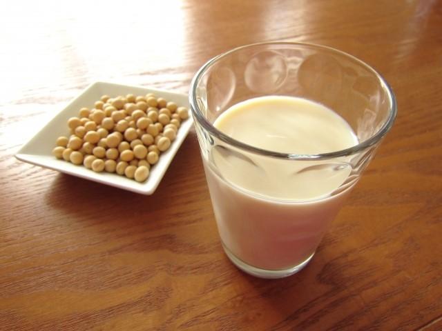 豆乳の効果・効能と栄養やカロリー!牛乳との違いは?